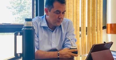 La Nación / El proyecto del Ejecutivo no prosperará en el Senado, vaticina legislador colorado