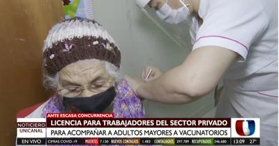Trabajadores pueden solicitar licencia para acompañar a adultos a vacunatorios