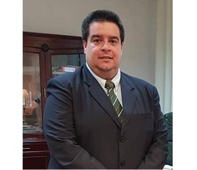 'Roque Silva pensó que iba a liderar un trabajo y que se le ofreció un cargo, pero no fue así', asevera viceministro de Salud