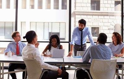 Sócrates y las reuniones ejecutivas