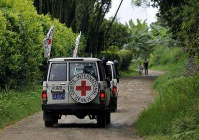 La FARC solicita mediación a la Cruz Roja para entregar a 8 militares venezolanos