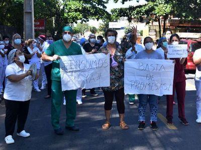 Enfermeros exigen cumplimiento de las normas que regulan la profesión
