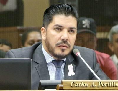 Carlos Portillo, involucrado en un nuevo negociado de cargos