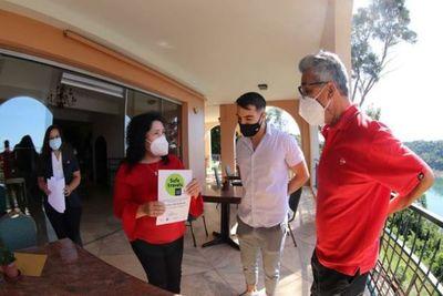 Entregan sello Safe Travels a hotel de Alto Paraná