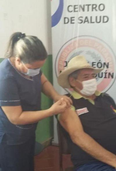 Apuntan a vacunar a más de 11.000 adultos mayores en el Este