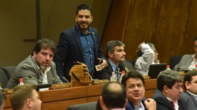 Diputado colorado planteará pérdida de investidura de Carlos Portillo