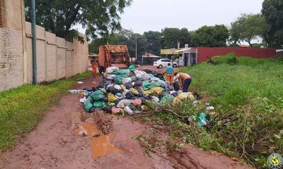"""Ediles reculan y volverán a """"estudiar"""" concesión de recolección de basuras en Luque •"""