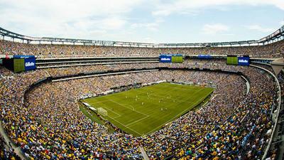 Multa de US$ 6,5 millones a dueña de derechos de TV en fútbol desata crisis