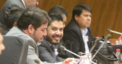 La Nación / Oreggioni pide la pérdida de investidura de Portillo antes que sanción sin sueldo