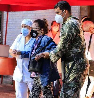 Se reportaron 2.377 nuevos casos de coronavirus y 75 muertes