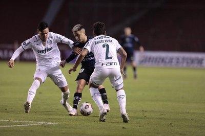 El Palmeiras de Gustavo Gómez, primer clasificado a 'octavos' de la Libertadores