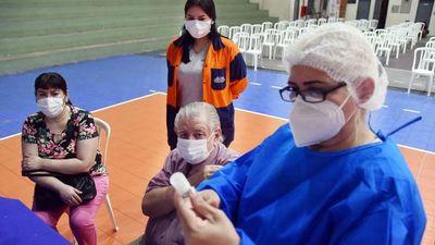 Virus de la desinformación conspira contra la inmunización anti-Covid-19