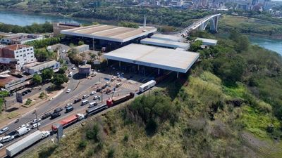 Brasileños residentes en el país  van   a Foz para internación por Covid-19