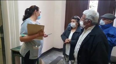 Dosis insuficientes en Concepción y hoy se reanudaría inmunización