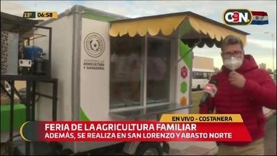 Costanera de Asunción: Feria con productos de la agricultura familiar