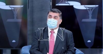 """La Nación / Borba admite que hace falta una campaña de vacunación """"un poco más agresiva"""""""