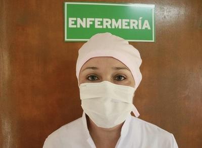 Salud destaca labor incansable de profesionales de enfermería en su día