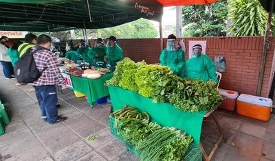 Hoy miércoles: Feria de agricultura familiar