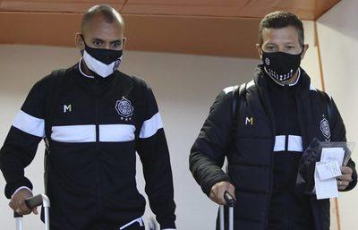 Olimpia viaja a La Paz con 23 futbolistas