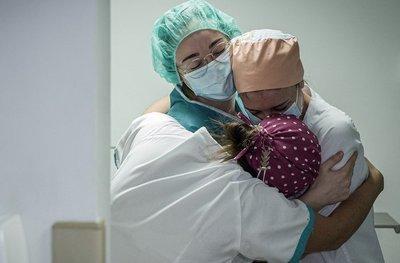 Día Internacional de la Enfermería: en Clínicas brindan homenaje a enfermeras