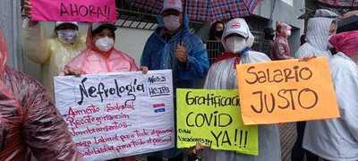 Enfermeras reclaman beneficios laborales por la pandemia