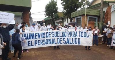 La Nación / Personal de enfermería reclama aumento salarial en Encarnación