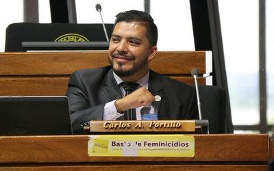 Carlos Portillo dice que es víctima de una persecución política