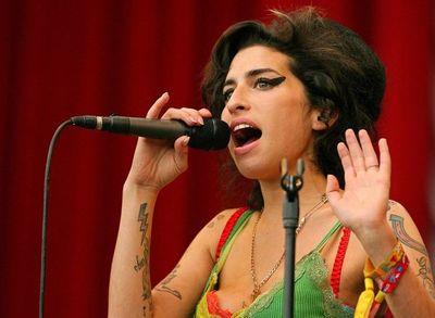 ¿Fan de Amy Winehouse? Se subastarán artículos que pertenecían a la cantante