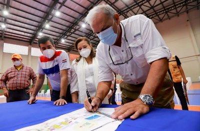 Emergencia Nacional resalta mejor organización en vacunatorios