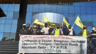 OTEP-SN presenta proyecto de ley de emergencia educativa