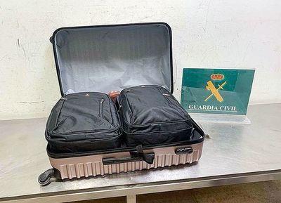 Paraguaya detenida con droga reclamó que esa no era su maleta, según su hermano