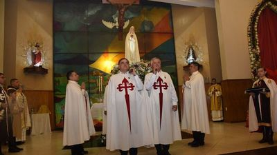 En procesión aérea de la  Virgen de Fátima, hoy bendecirán al Paraguay