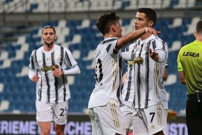Juventus gana pero sigue fuera de Champions