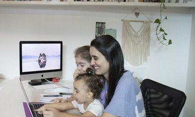 Madre (mujer-trabajadora): La persona más allá de los roles