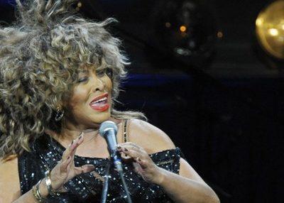 Tina Turner y Foo Fighters serán incluidos en el Salón de la Fama del Rock and Roll