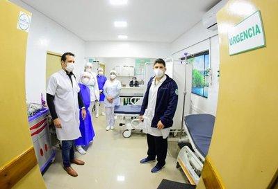 Presidente habilitó mejoras en hospitales de Santa Rosa y San Juan Bautista