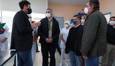 Presidente Abdo habilitó mejoras en hospitales de Santa Rosa y San Juan Bautista