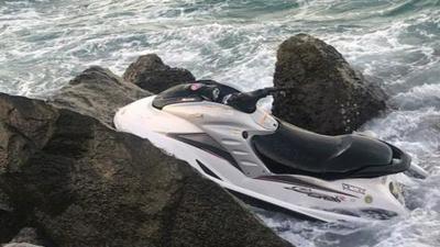 La historia de un escape: Piden frenar deportación cubana que llegó en moto acuática a Miami