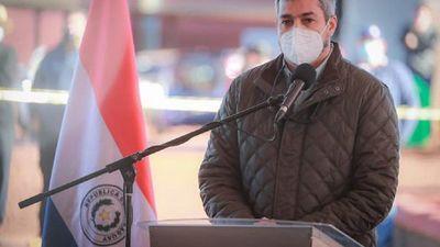 Mario Abdo asegura que ley sanitaria no es autoritaria y pide consenso