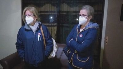 Hijas de Denis viajan a PJC para reunirse con supuesto secuestrado por el EPP