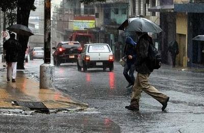 Feriado con un ambiente fresco y con pronóstico de lluvias dispersas