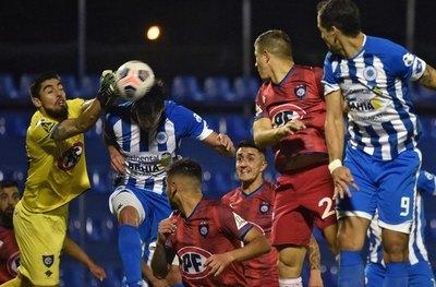 La semana de los paraguayos en Copa: Solo 12 de Octubre no pudo ganar
