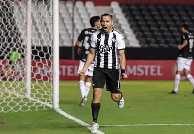 Libertad supera a Newell's Old Boys y lidera su grupo en la Sudamericana