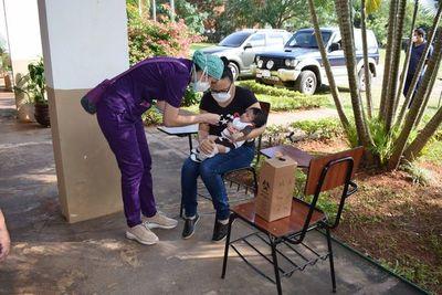 Vacunatorios en Luque y Areguá harán una pausa el sábado