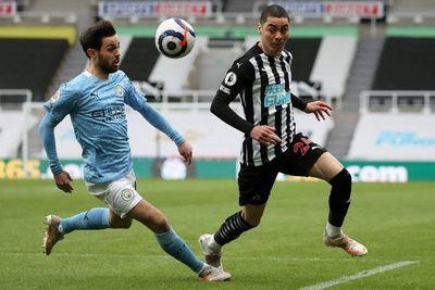 City gana al Newcastle de Almirón