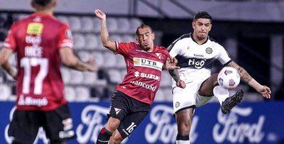 Equipos bolivianos podrían ser eliminados de la Libertadores y Sudamericana