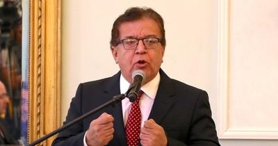 La Nación / Ambigua descarga de Nicanor como respuesta a escrache generalizado