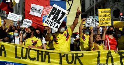 La Nación / Colombia: una menor se suicida tras presunta agresión policial durante protestas