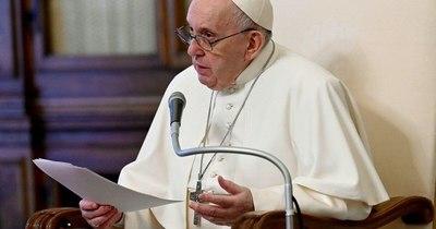La Nación / El papa Francisco llama a la calma y pide detener la violencia en Oriente Medio