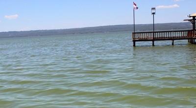 El lago Ypacaraí se recupera y estabiliza su nivel hídrico
